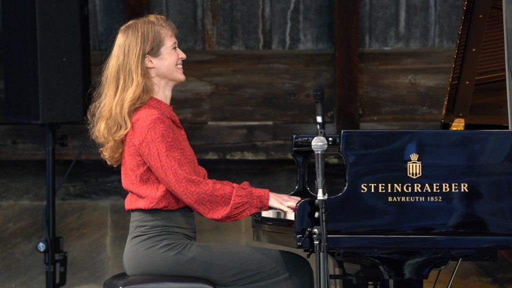 Clara Haberkamp Trio